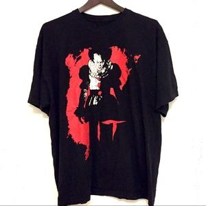 IT Movie Pennywise T Shirt Size XL